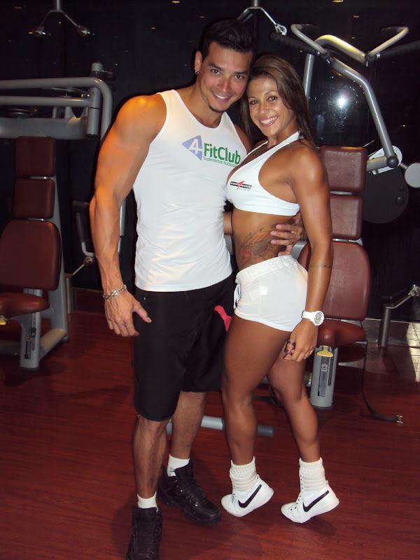 Felipe Franco e Sabrina Soares em viagem de cruzeiro da MSC