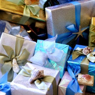 seashell gift wrap