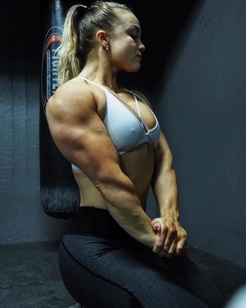 Beginner Bodybuilding Programs, Program Skipping Rope + Overhead Squat