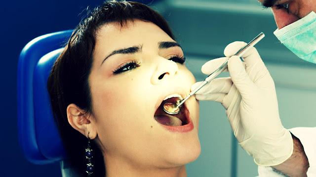 minyak kelapa melawan kerusakan gigi