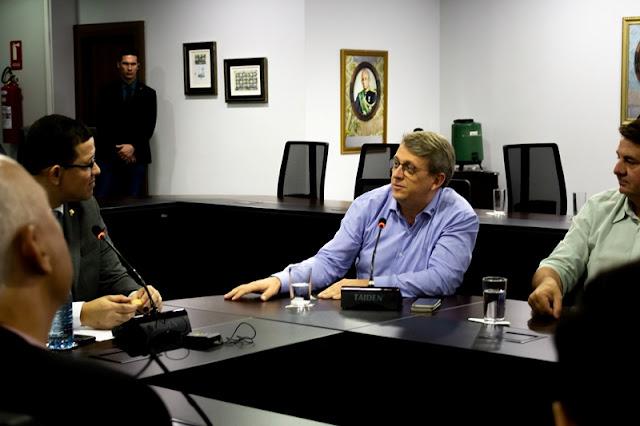 Coronel Marcos Rocha participa de reunião com o Conselho do Sebrae