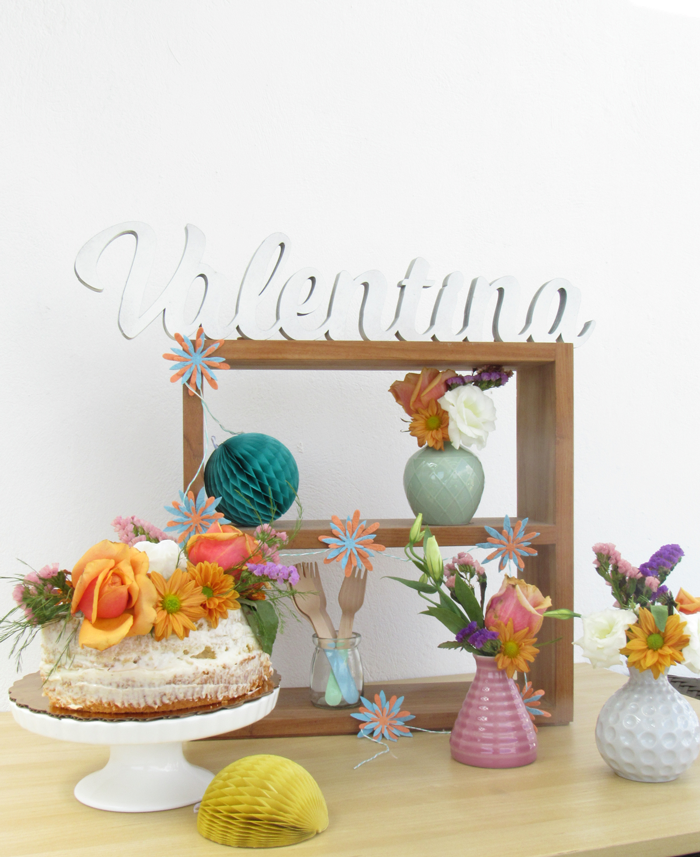 Valentina Vaguada: 40 years, birthday, piñata, party