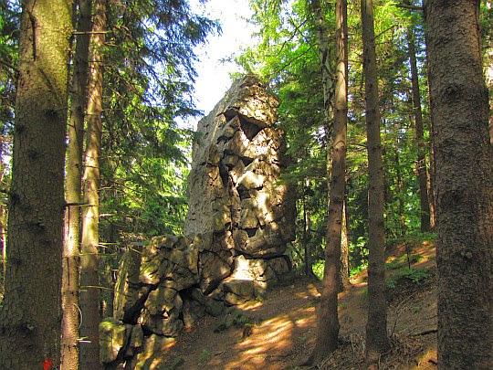 Jedna z wychodni skalnych na Grabowcu.