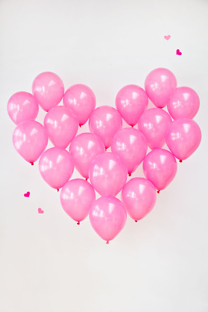 DIY-Giant-Balloon-Heart-STUDIO-DIY