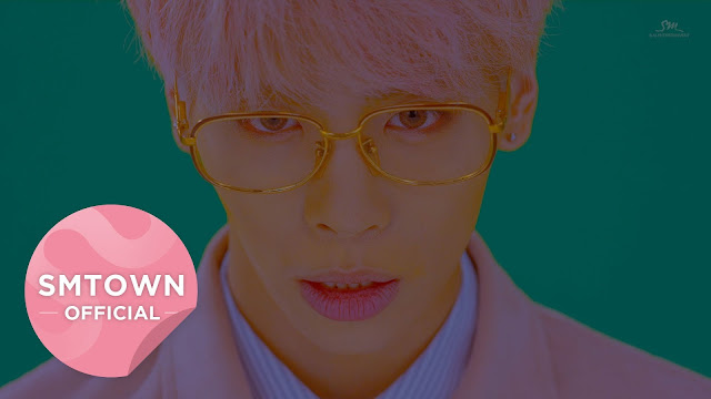Jonghyun SHINee Comeback Solo Dengan MV Artistik 'She Is'