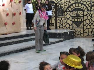 Angosta di Mente, Australia, teatro infantil, fiestas colegio, cuenta-cuentos colegio, fiestas infantiles, cuentacuentos, actuaciones, teatro para bebés
