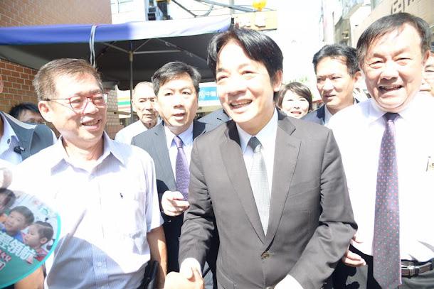 行政院長賴清德今赴台南,日前出席「2017前瞻綠色生活提昇競爭力」高峰論壇。