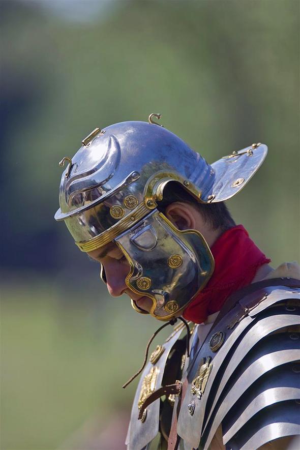 Fotografia di legionario romano prima di una battaglia