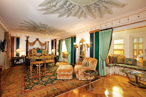 CASA CASUARINA Gianni Versaces Mansion  Celebrity Like