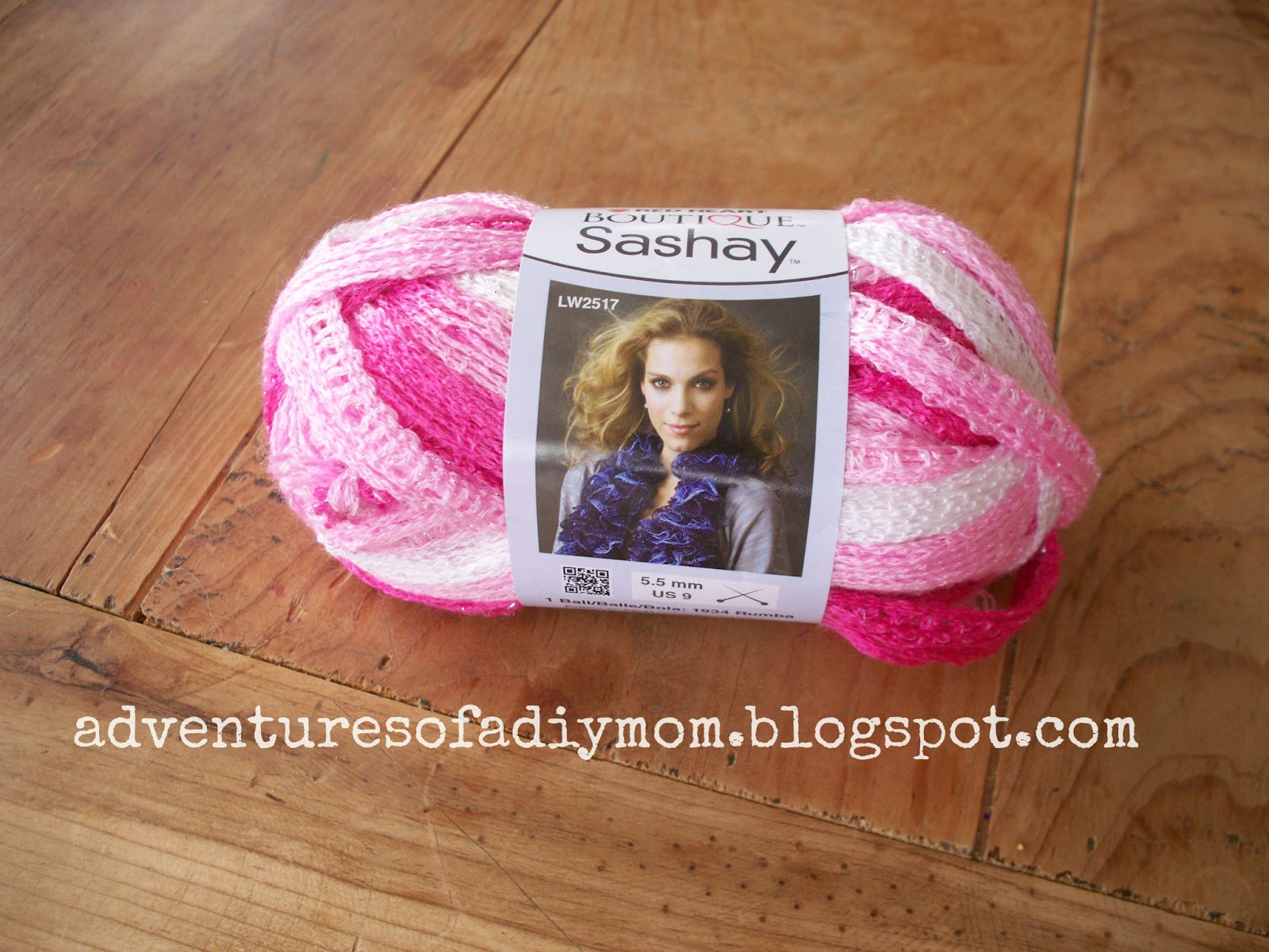 Finger Knitting Sashay Scarf