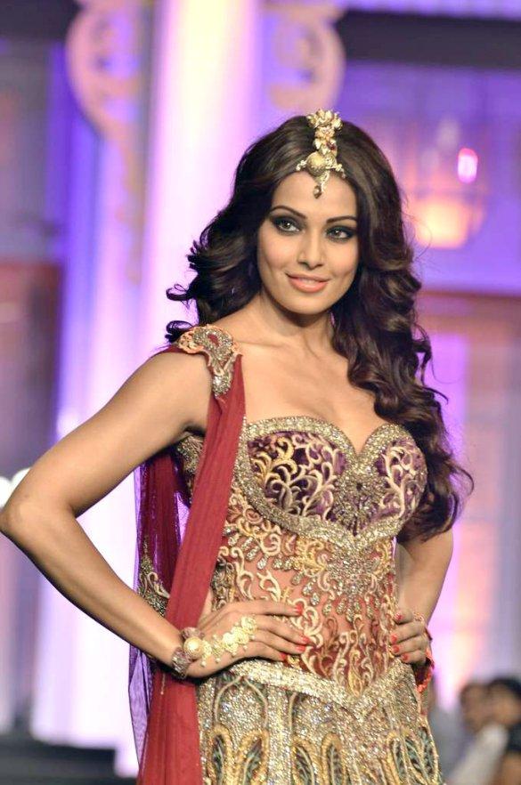 Bipasha Basu at Aamby Valley India Bridal Fashion Week