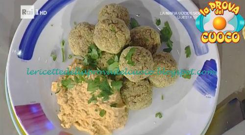 Hummus di zucca e ceci con polpette di merluzzo ricetta Bianchi da Prova del Cuoco