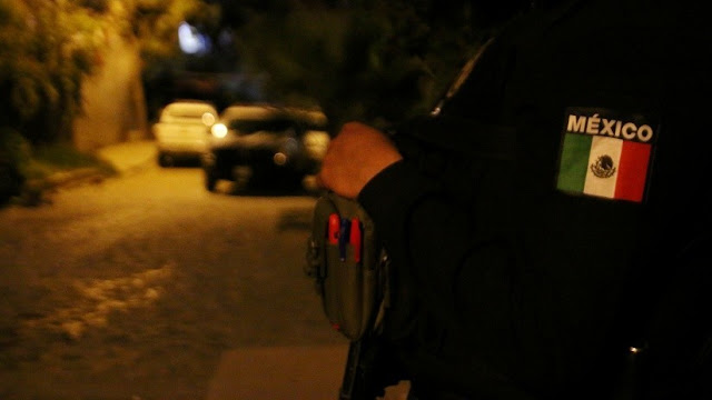 Desnudan, torturan y dejan amarrados a postes a una decena de hombres en México y nadie sabe por qué