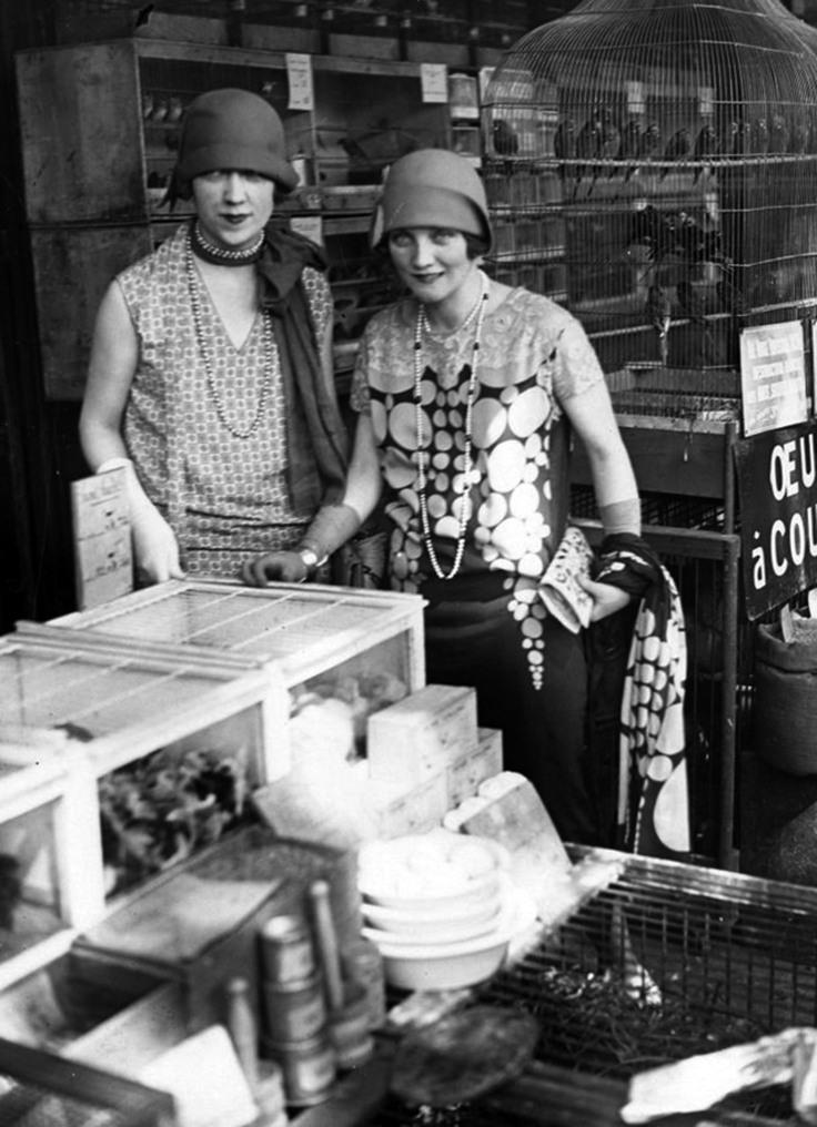 50 Fabulous Vintage Photos That Show Women S Street Style