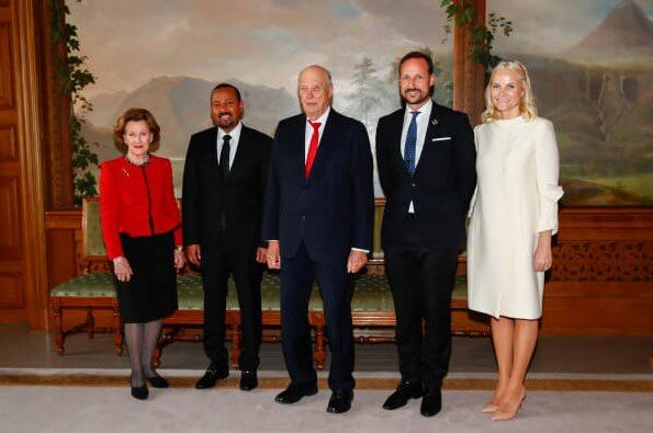 Queen Sonja, Crown Prince Haakon and Crown Princess Mette-Marit were also in attendance during the audience
