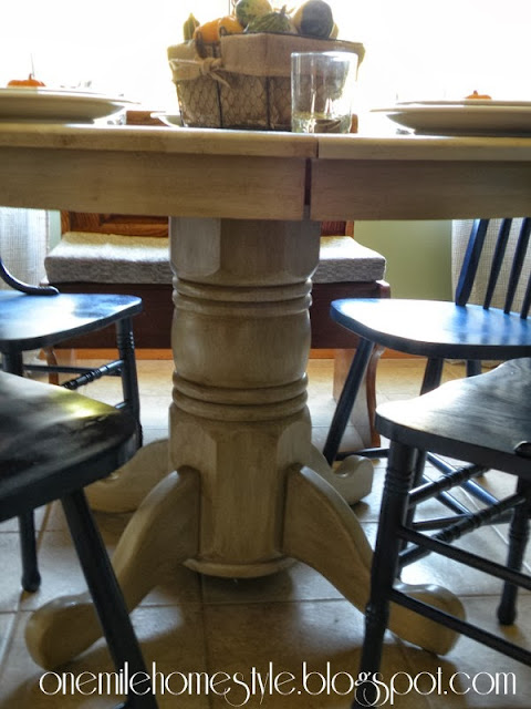 Dining table with finishing glaze added, pedestal detail
