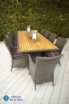 Los muebles para los espacios exteriores