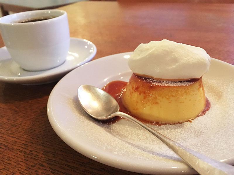 四谷MOON mica takahashi COFFEE SALONのプリン
