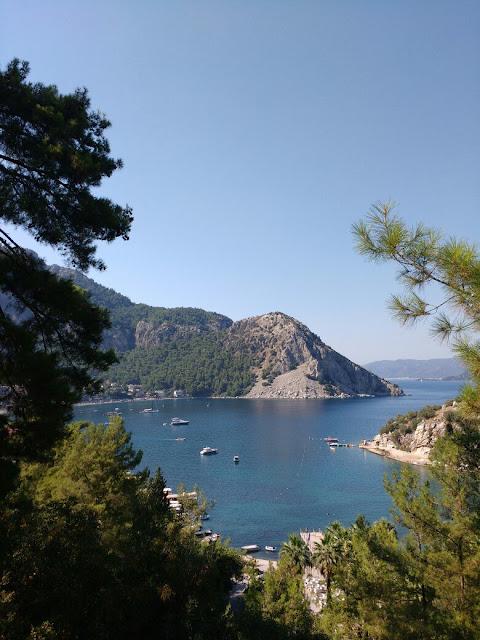 Вид на бухту Турунча.