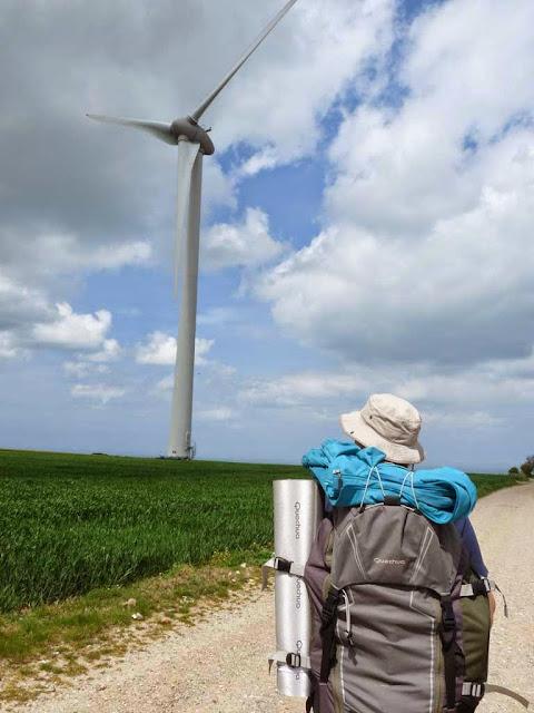 GR21 トレッキング 風力発電所 ノルマンディー
