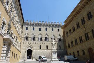 Palacio Salimbeni de Siena.