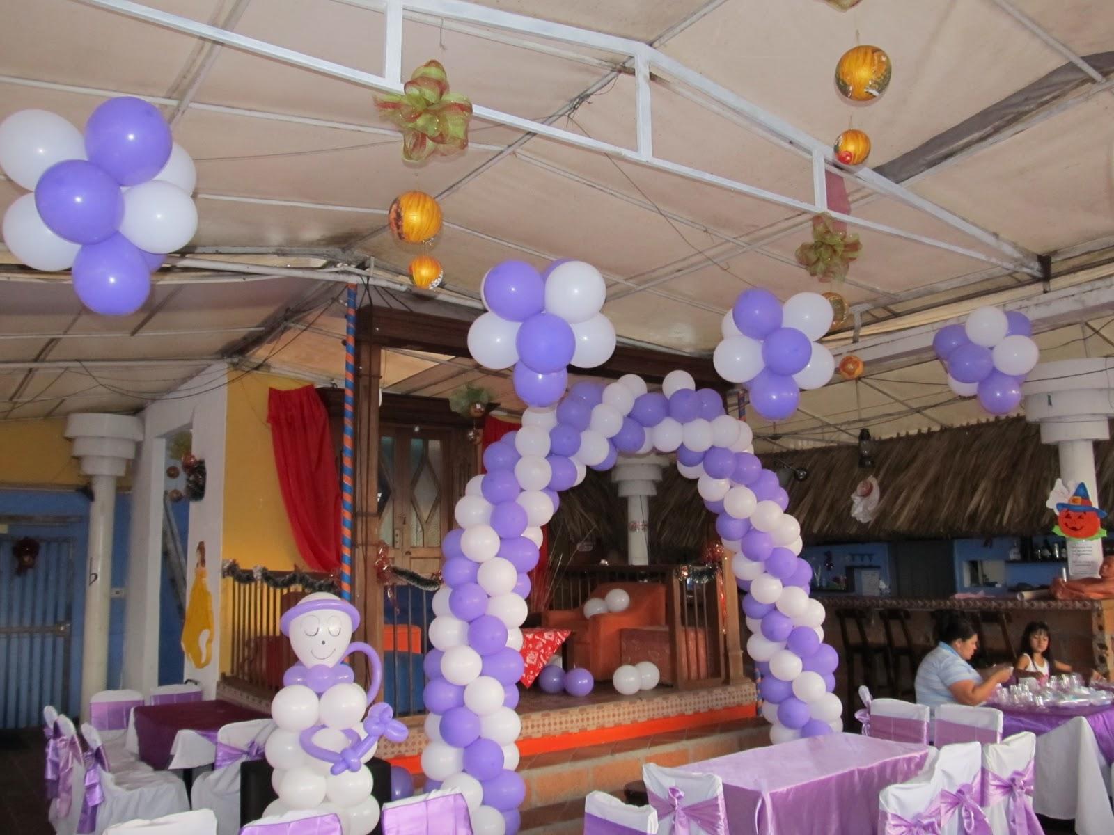 Decoracion con globos primera comunion recreacionistas - Decoracion fiesta comunion ...