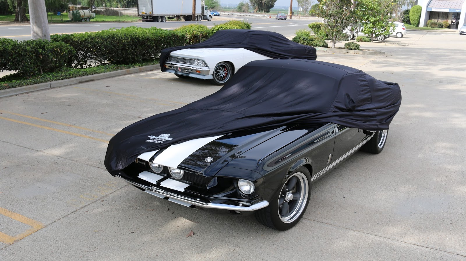 Covering Classic Cars : Timeless Kustoms\' Modern Muscle Cars from ...
