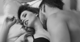 Porque los hombres gimen menos que las mujeres en la cama