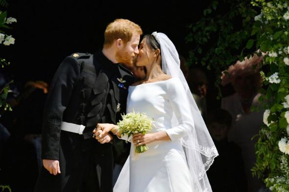 Look das celebridades no casamento de Harry e Meghan