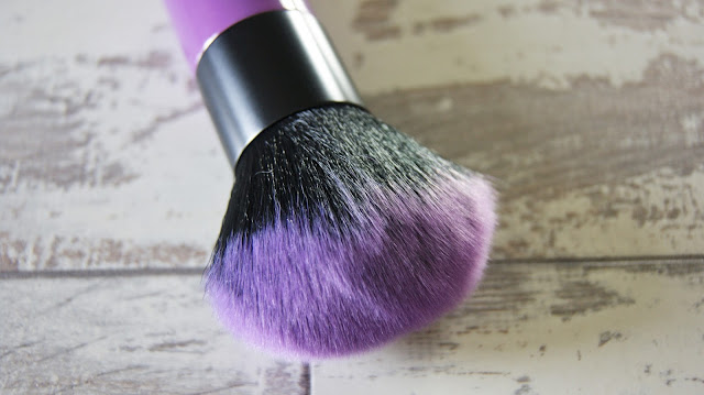 Lottie London Kabuki Brush