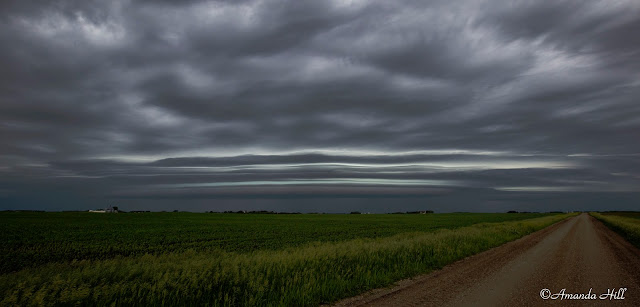 Nice pancake type shelf cloud over the southwest part of MN in the morning hours.