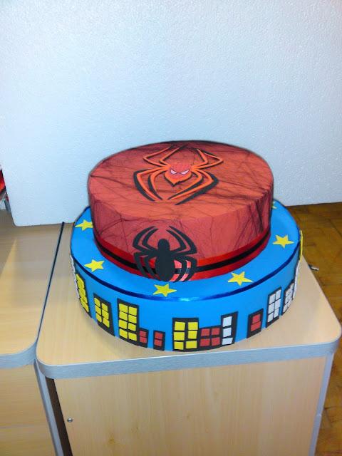 Bolos aniversário Homem Aranha