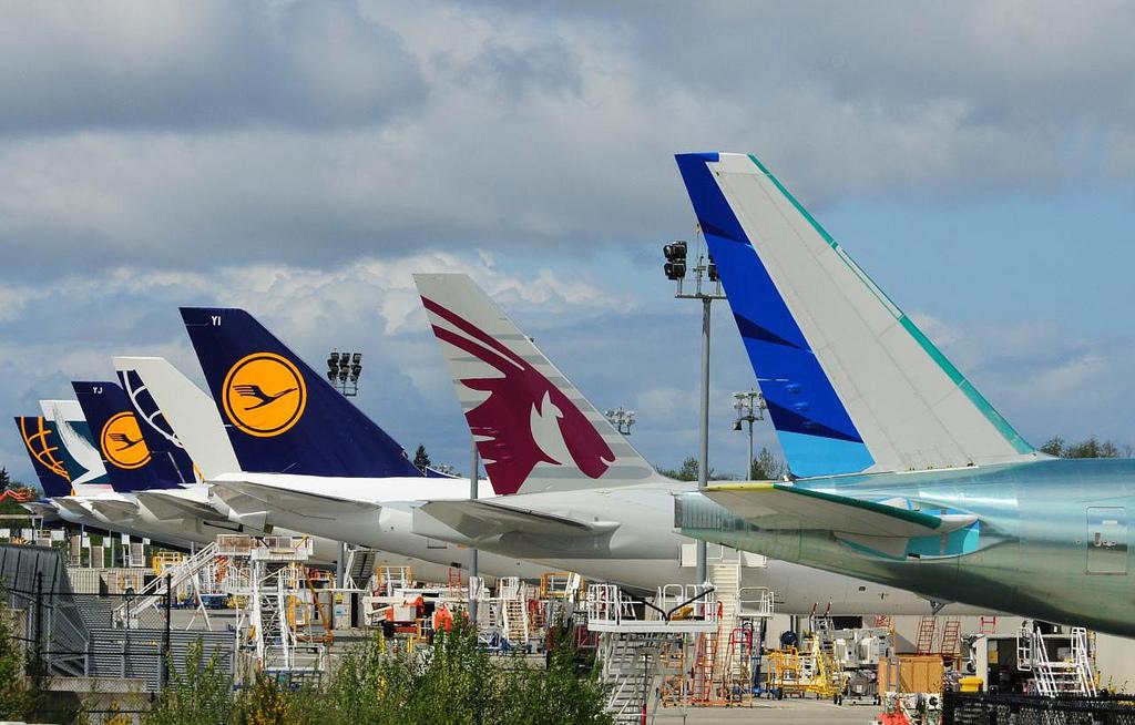 Ilham Hanif 59: Photos: The first Boeing 777-300 ER Garuda ...