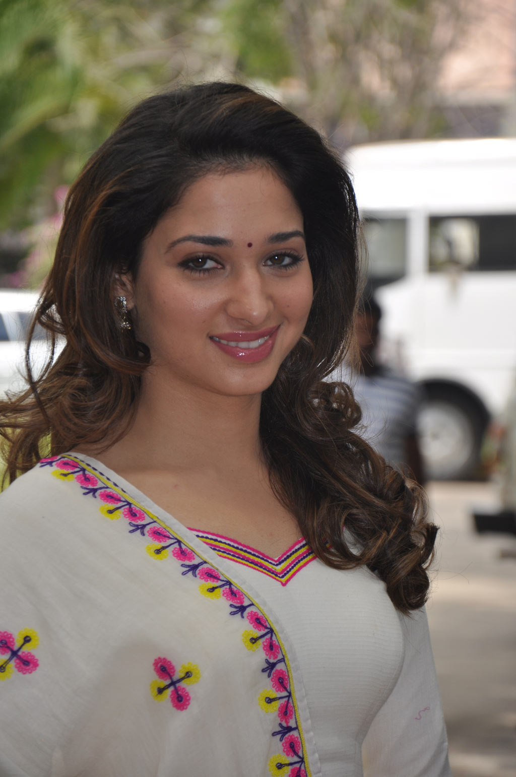 Tamanna Home: Tamanna Bhatia Pictures: Tamanna Latest Cute Photos Images