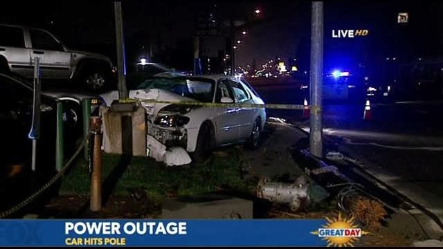 Fresno+Car+crash+Power+Pole+Outage+Fire+hydrant+Blackstone+avenue+March+2014