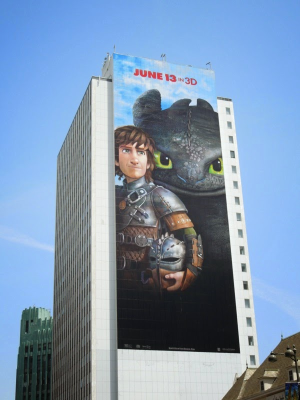 Giant How to Train Your Dragon 2 film billboard