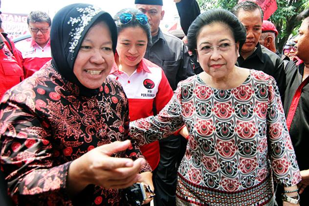 Kaget dengan isi mobil Risma, Megawati sebut 'Risma patut dicontoh'