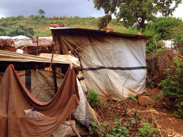 fra Miro Babić mali dom misija afrika sirotište misionar škola crkva u misiji IDP camp
