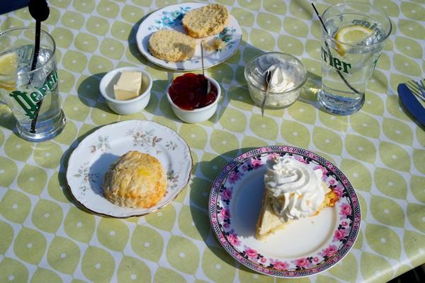 montmorillon vienne salon thé anglais terrasse bords gartempe scones