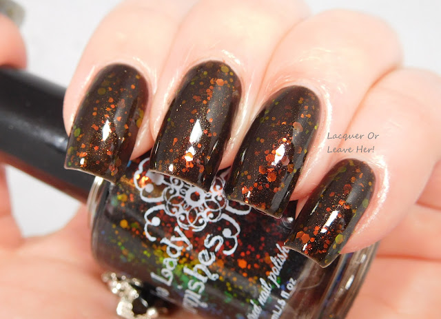 The Lady Varnishes Black Flame Candle