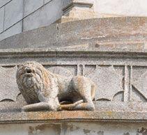 Leul de pe Monumentul de la Adamclisi