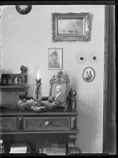 Innenaufnahmen Wohnhaus - Kerze mit Bildern - Glasnegativ 1930-1942