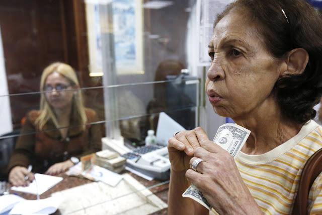 La vida dolarizada en Venezuela