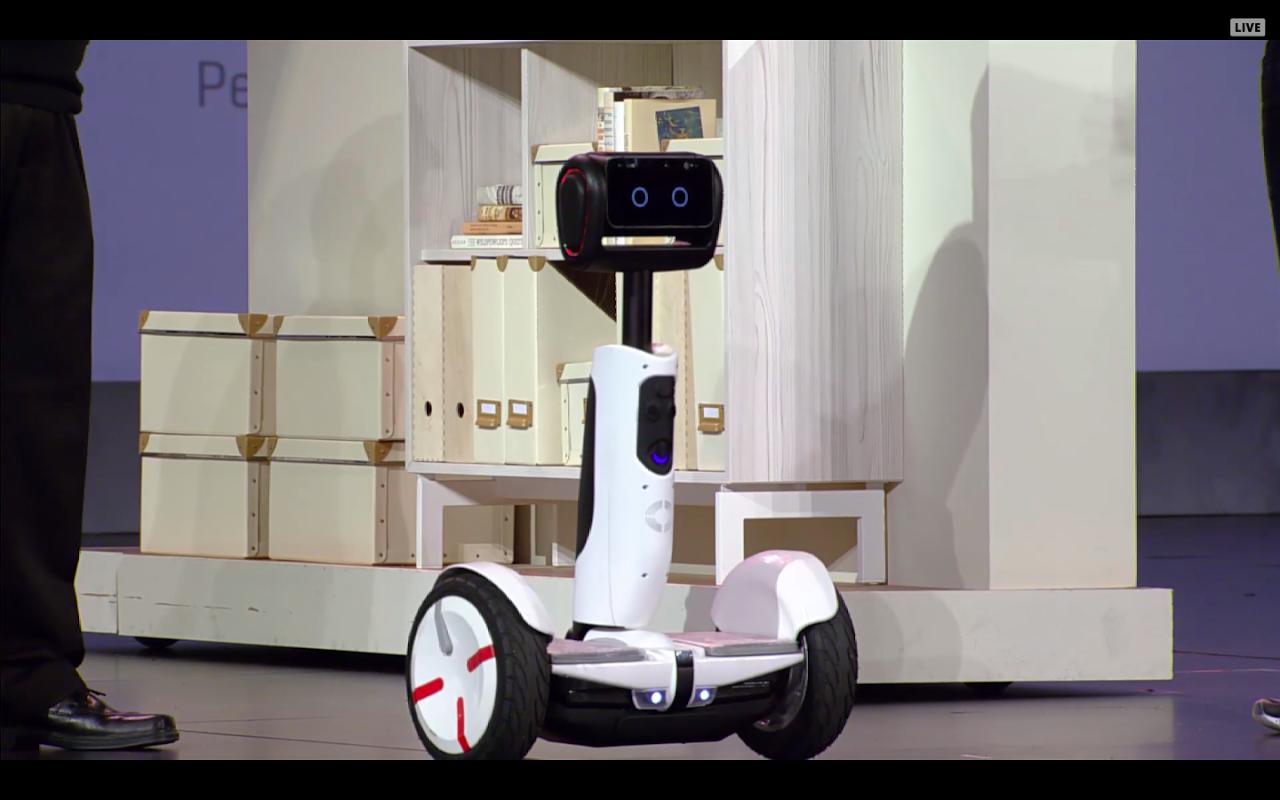 [CES 2016] 體感車新玩法!小米與Intel聯手將九號平衡車變成機器人