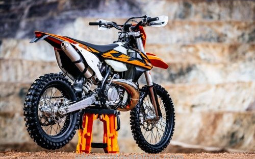 KTM Enduro 2T Injection: What does it change?