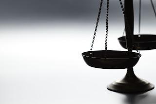 Vigencia de la norma jurídica: abogados especializados