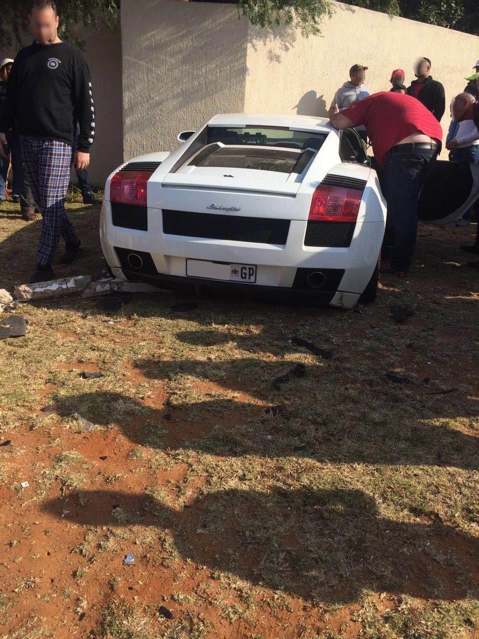 Lamborghini Gallardo That Crashed In Johannesburg Looks