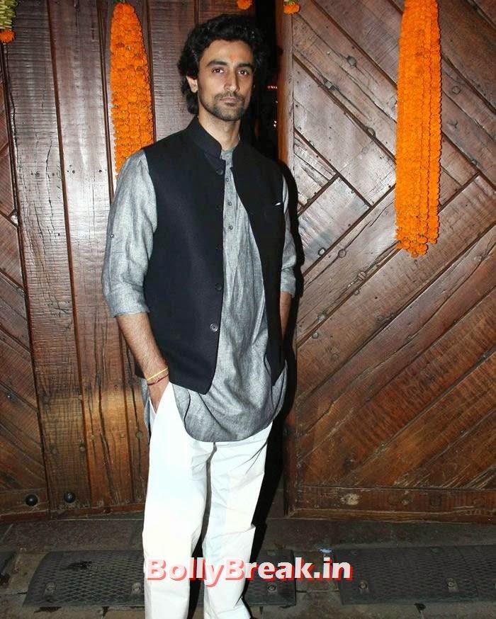 Kunal Kapoor, Photos from Amitabh Bachchan's Diwali Bash 2014