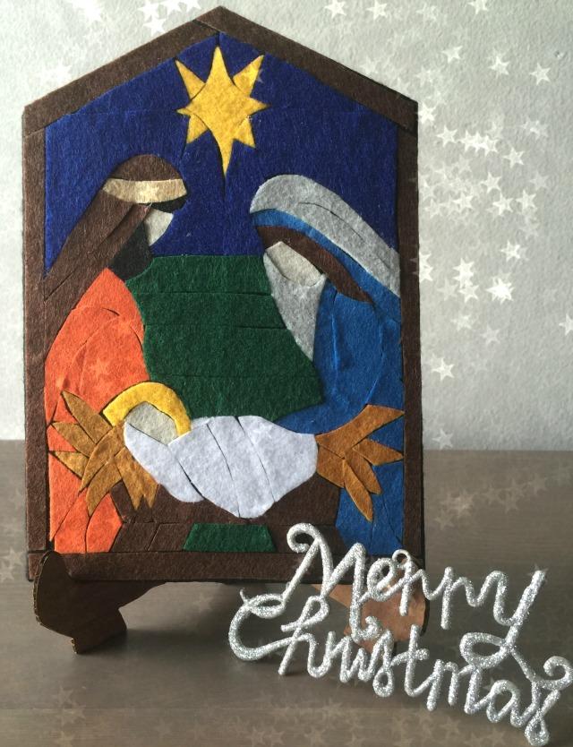Portal de Navidad hecho en fieltro {paso-a-paso} | http://bizcochosysancochos.blogspot.com/