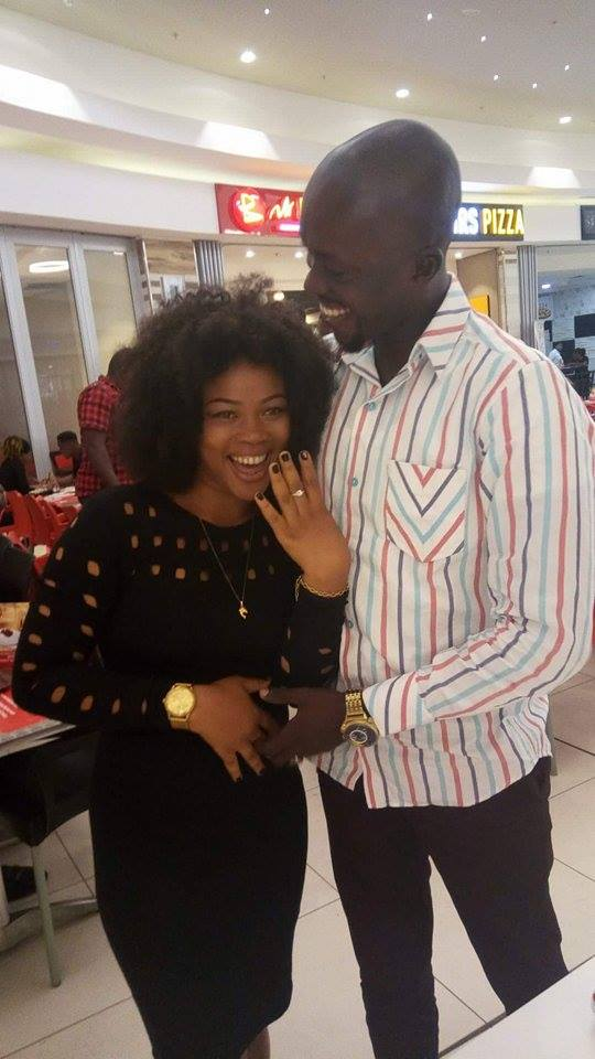 Nigerian man proposes to his girlfriend of 3 years at Owerri mall